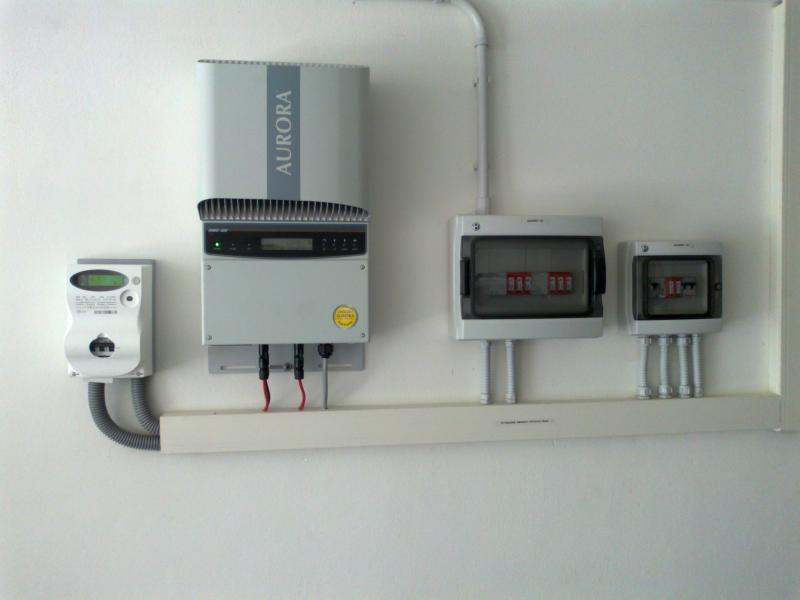 impianto-fotovoltaico-domestico-inverter-dizzasco-CO