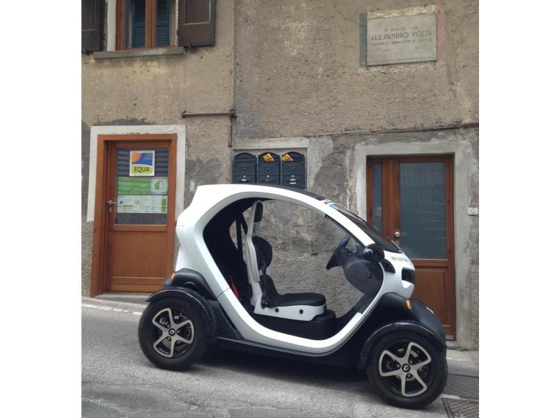 twizy-auto elettrica-como-equa