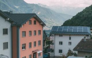 comunità-energetica-autoconsumo-collettivo-como-EQUA-solare-fotovoltaico-condominio-batterie-incentivi