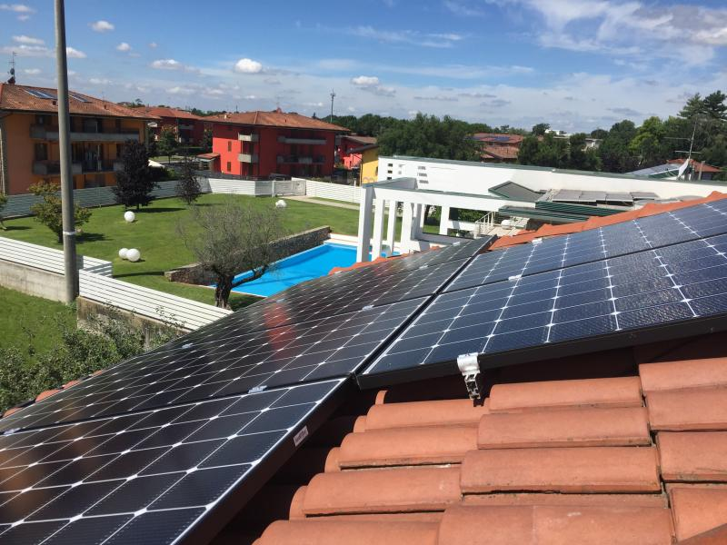 impianto fotovoltaico pedrengo bergamo solaredge lg