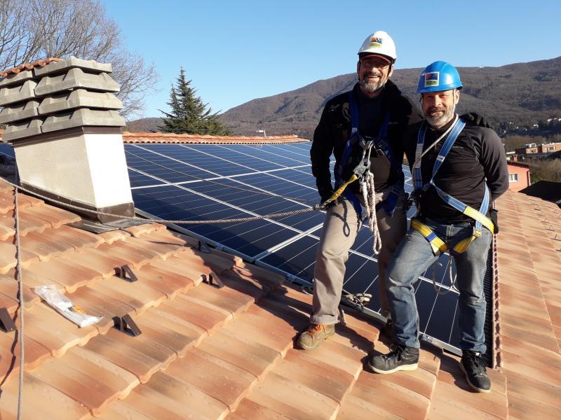 impianto fotovoltaico sicurezza tetto cunardo varese solaredge viessmann